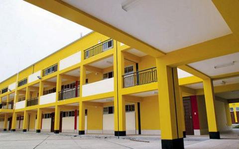 PRONIED y GRELL coordinan acciones para culminar obras en tres colegios